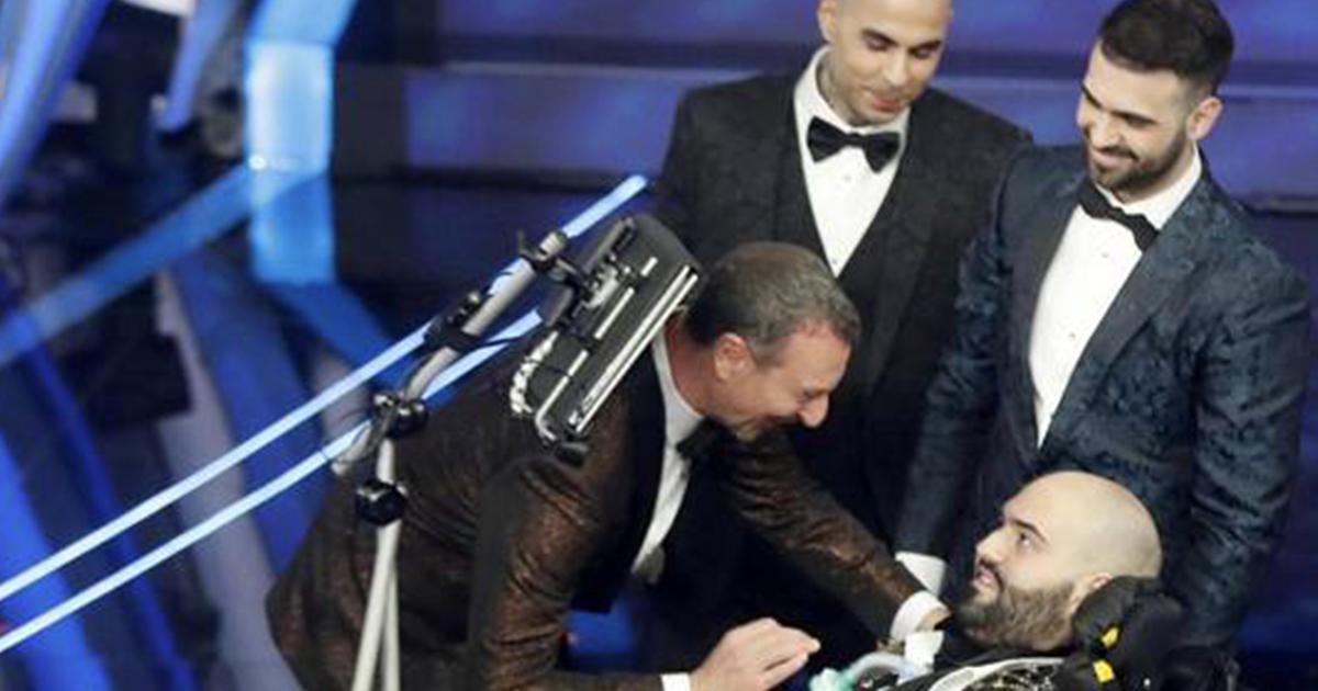 Sanremo 2020: Paolo il rapper con la Sla commuove l'Ariston