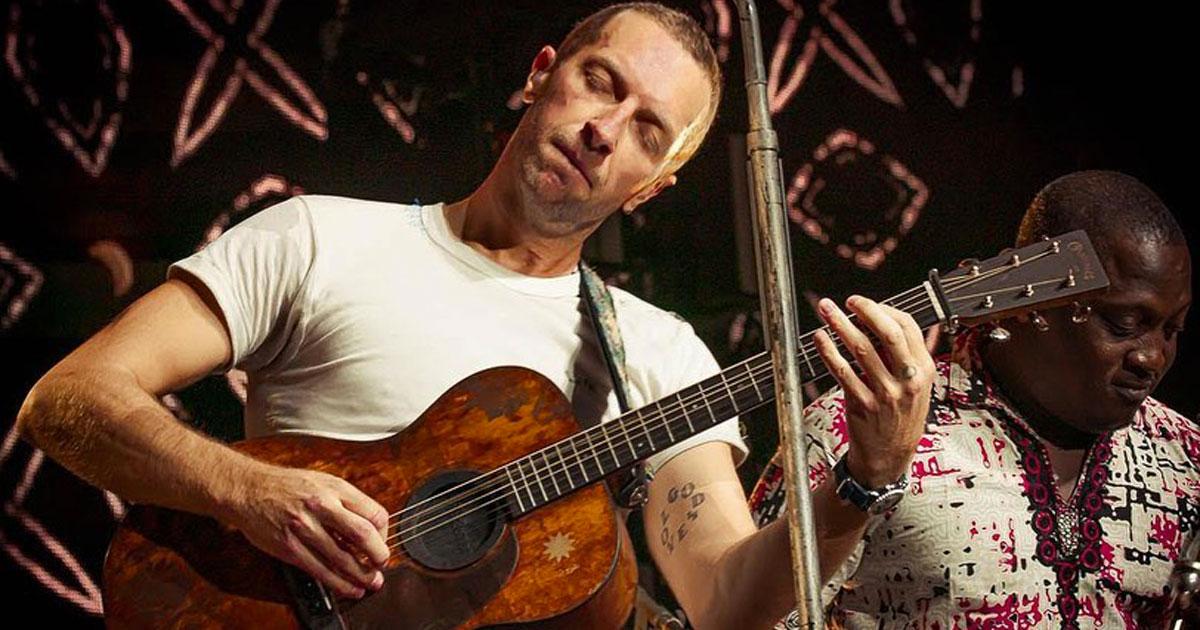 Il Coldplay hanno omaggiato Prince nel loro ultimo live acustico: il video
