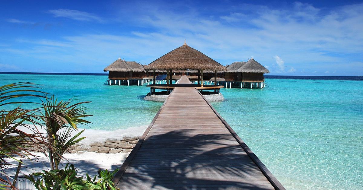 Luna di miele infinita per i due turisti bloccati alle Maldive