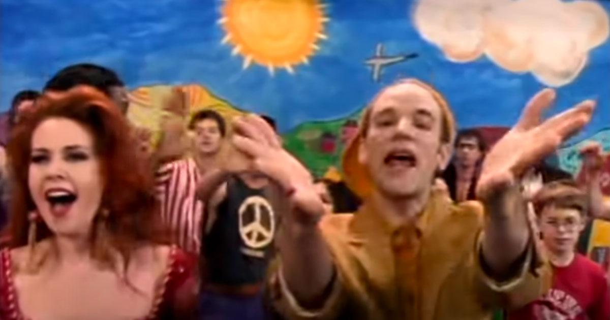 'Shiny Happy People': compie 29 anni la canzone giocosa dei REM
