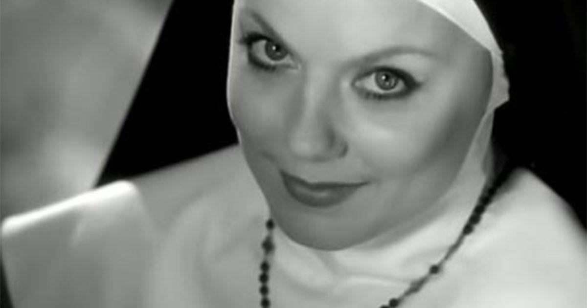 'Look at me': compie 21 anni il primo singolo di Geri Halliwell