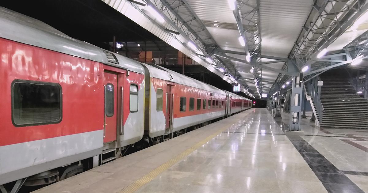 Le regole di sicurezza per viaggiare sui treni: #RiparTIAMOItalia