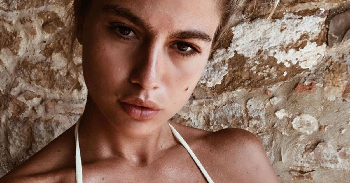 Cristina Marino su Instagram: la foto in bikini è irresistibile