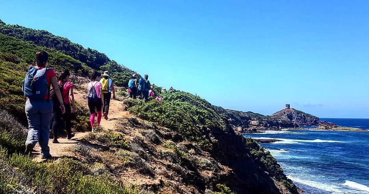 Un viaggio a piedi lungo le coste Sarde, il bellissimo Cammino delle Cento Torri