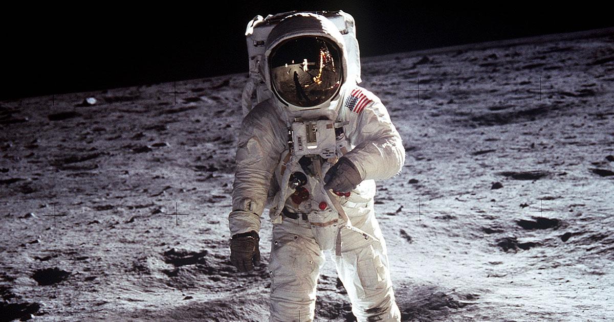 8 mesi nello spazio, la proposta di lavoro della Nasa