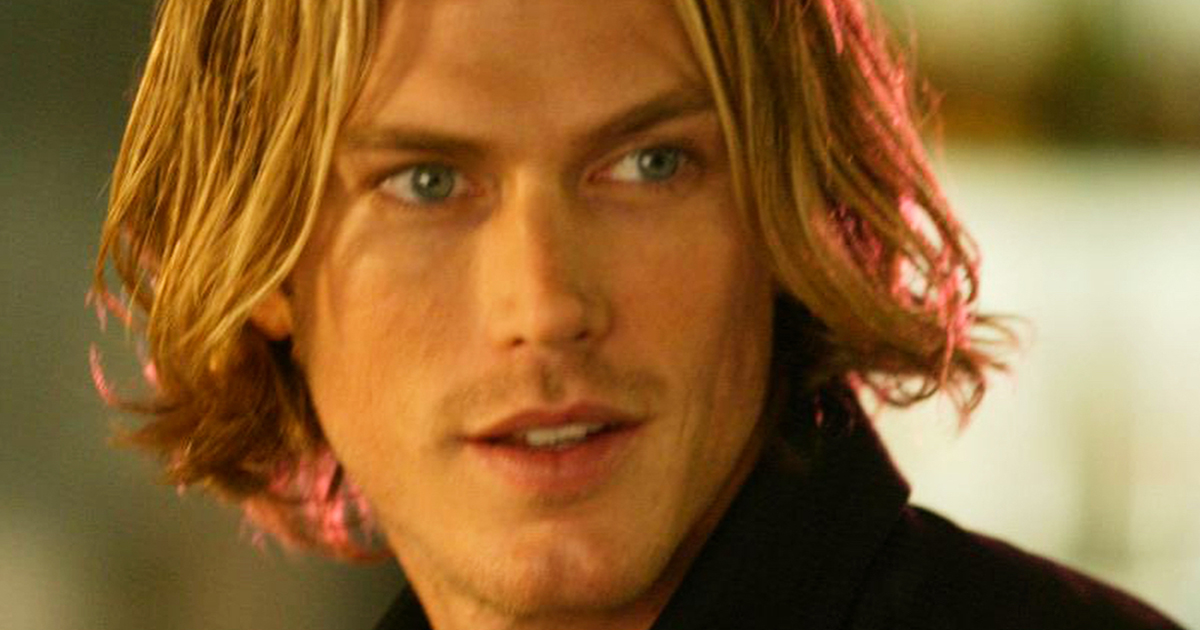Jason Lewis, il bello di Sex and the city, torna in tv vent'anni dopo ed è irriconoscibile