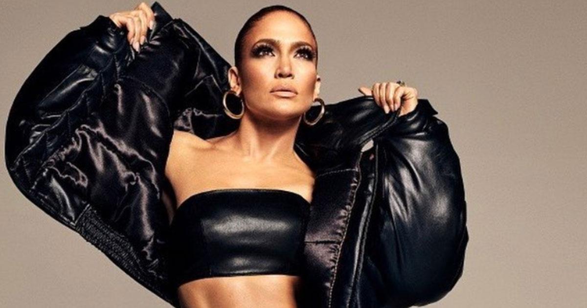 Jennifer Lopez: anche la splendida pop star cede al fascino di photoshop