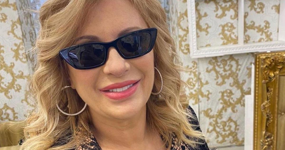Tina Cipollari appare molto dimagrita: aria di crisi con Vincenzo