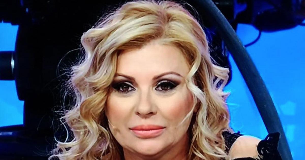 Tina Cipollari abbandona il ruolo di opinionista: cosa succede a Uomini e Donne