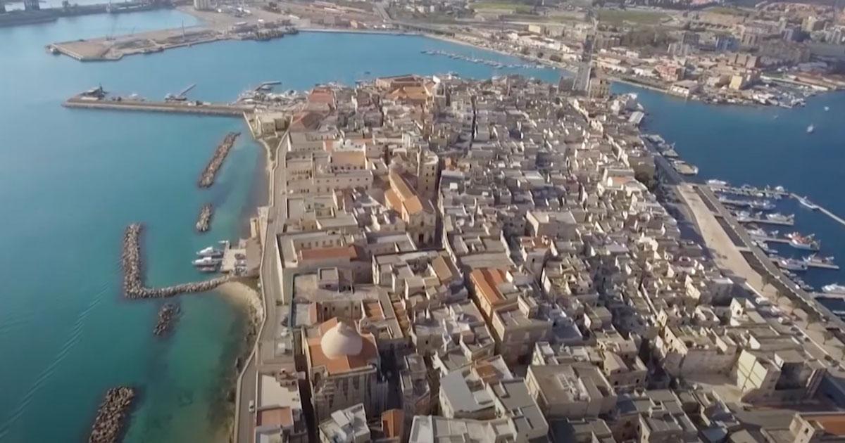 Il comune di Taranto vuole ripopolare la sua Isola Madre e vende le case a un euro
