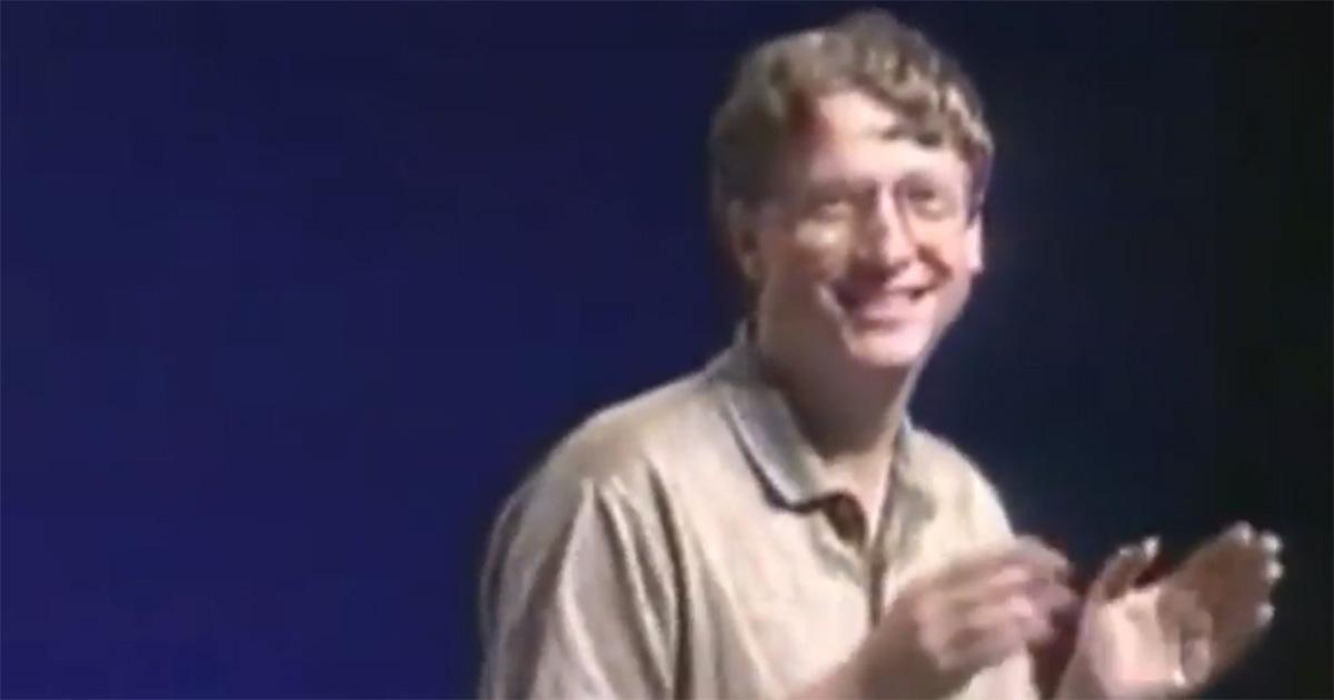 Compie 25 anni Windows 95: quando Bill Gates e Steve Ballmer ballavano sulle note degli Stones