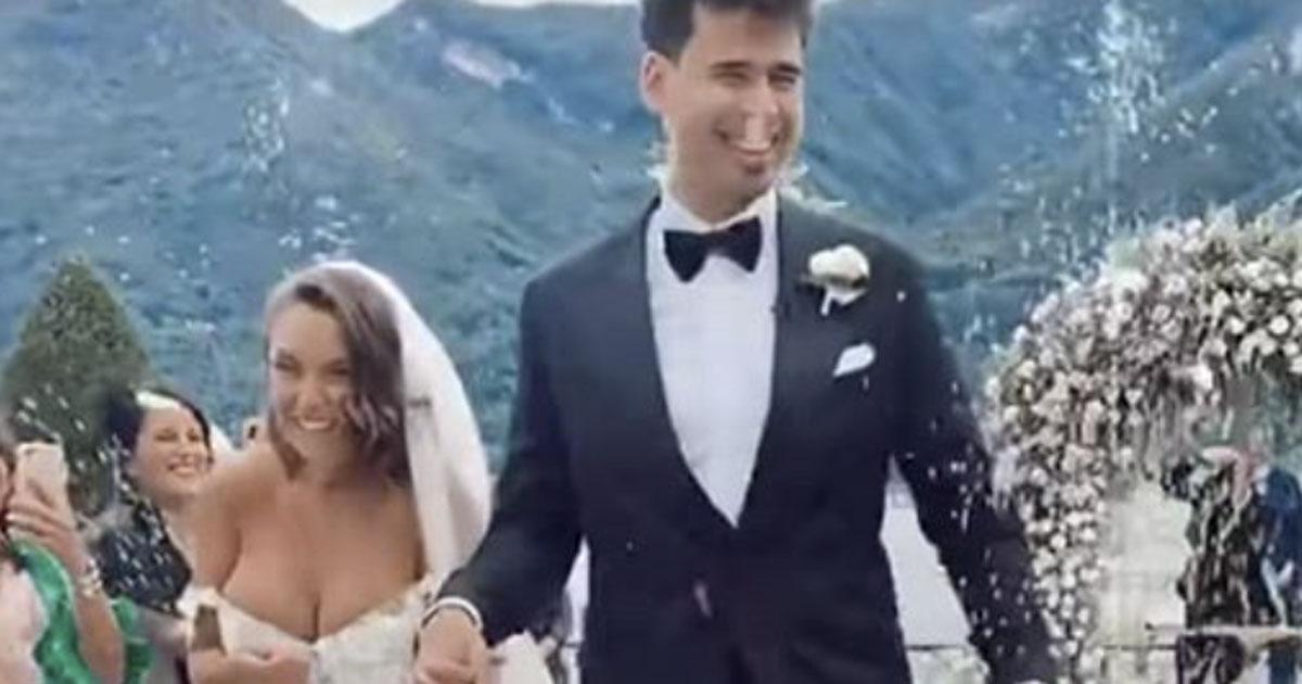 Il matrimonio di Elettra Lamborghini e Afrojack: il momento del lancio del riso