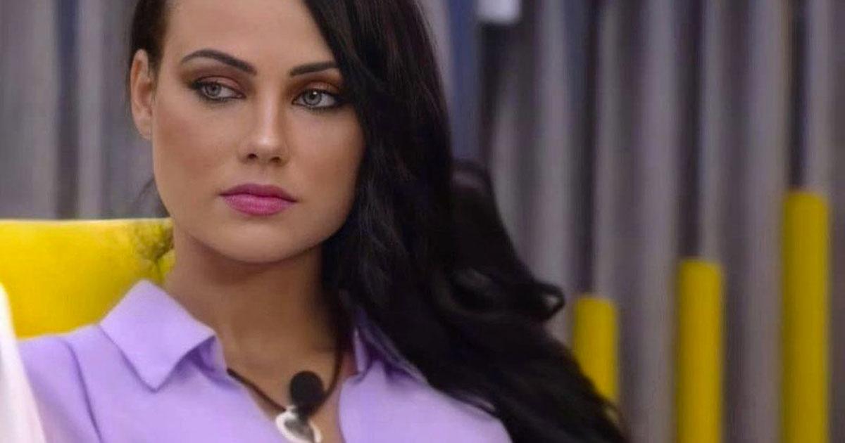 Adua Del Vesco è incinta? La concorrente del Gf Vip ha chiesto un test di gravidanza