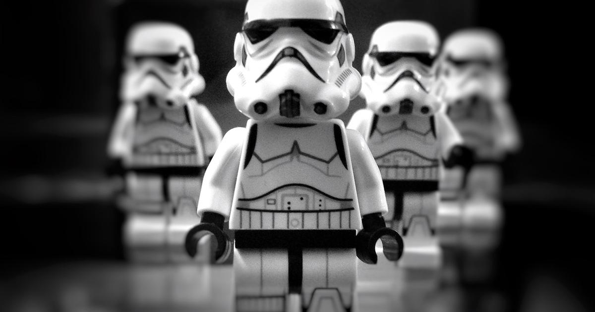 Una coppia inglese trova 440mila euro di giocattoli di 'Star Wars' nella spazzatura