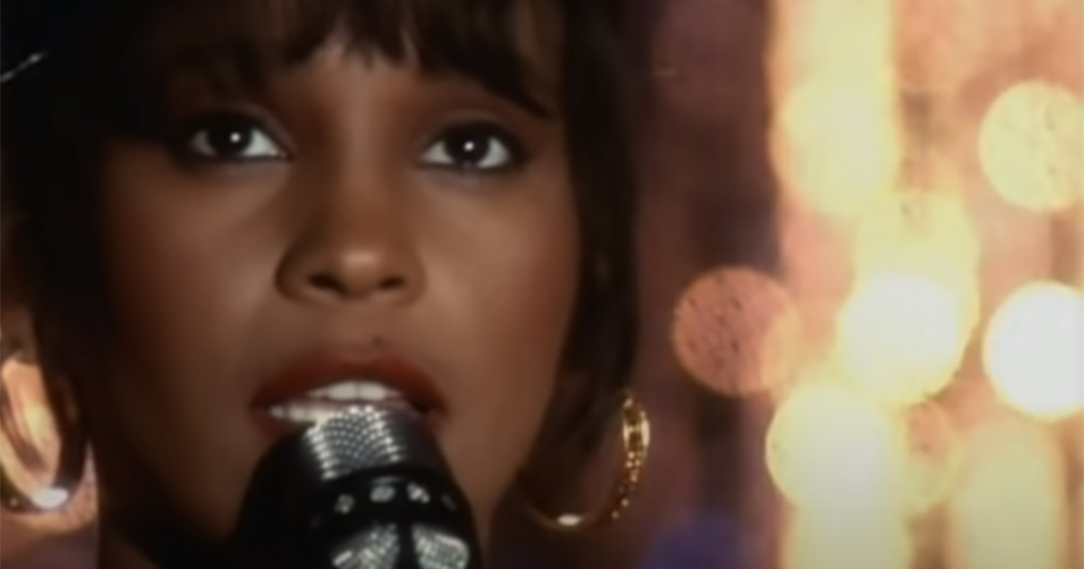 Whitney Houston: la magica 'I Will Always Love You' compie 28 anni