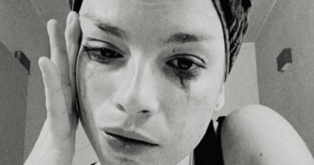 Emma Marrone fa un disastro col trucco: il post su Instagram svela tutto