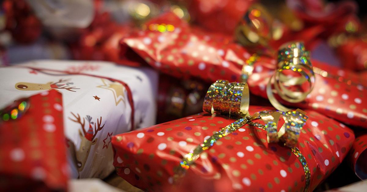 Galles: una coppia ha deciso di rendere meraviglioso il Natale dei bimbi meno fortunati