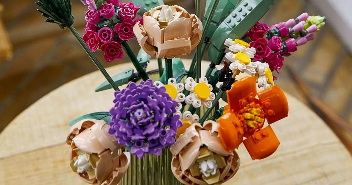 Lego lancia la sua nuova linea dedicata a fiori, piante e bonsai