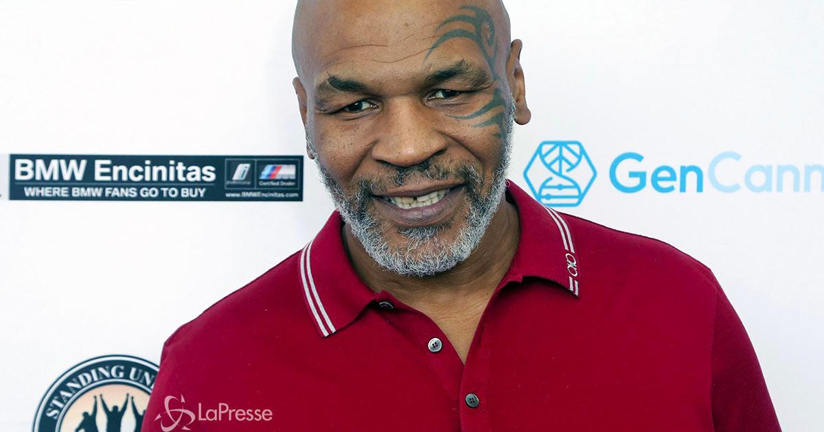 """Mike Tyson torna sul ring contro Evander Holyfield: """"Sono l'uomo di Dio, vincerò io"""""""
