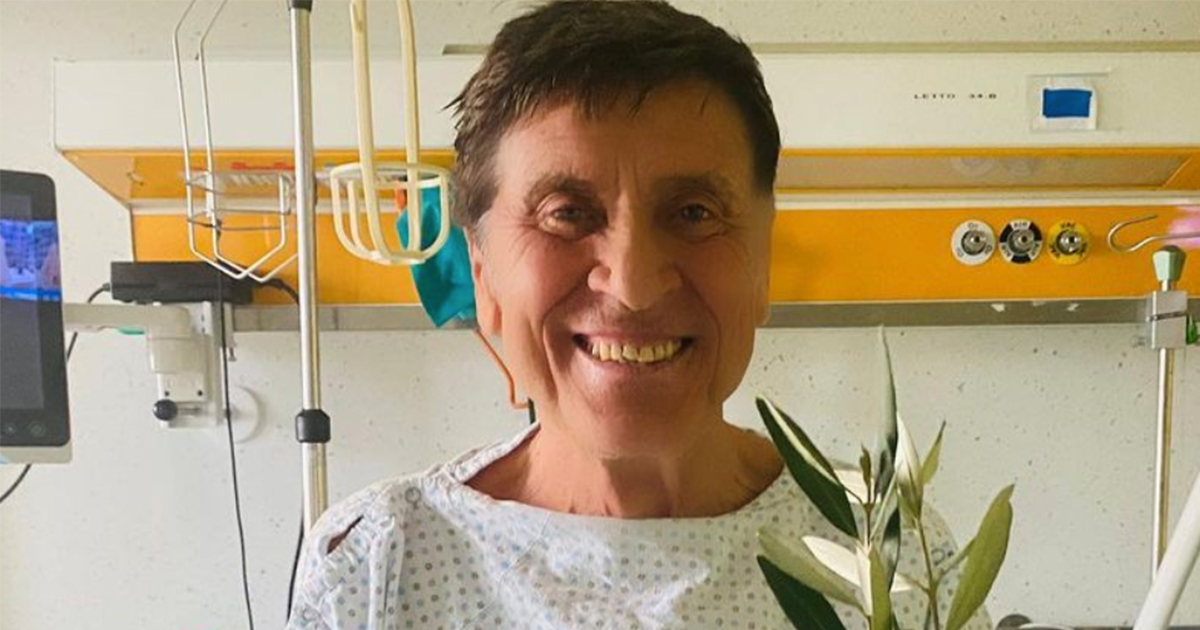 Gianni Morandi ricoverato per le ustioni: ecco la foto dall'ospedale