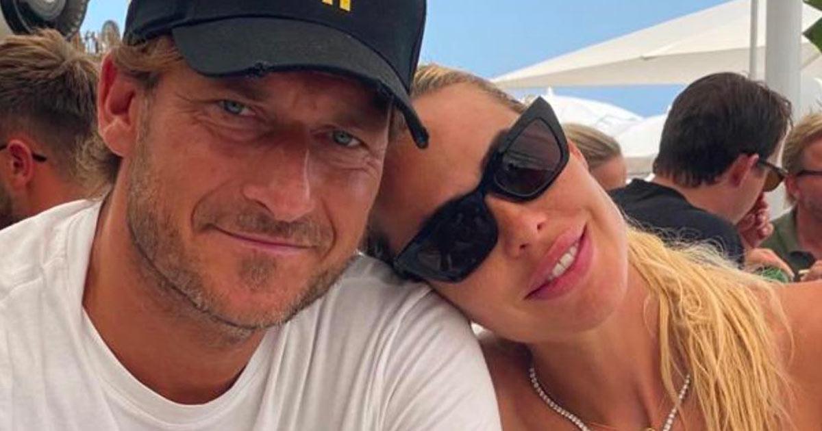 Ilary Blasi compie gli anni, gli auguri di Francesco Totti sono dolcissimi