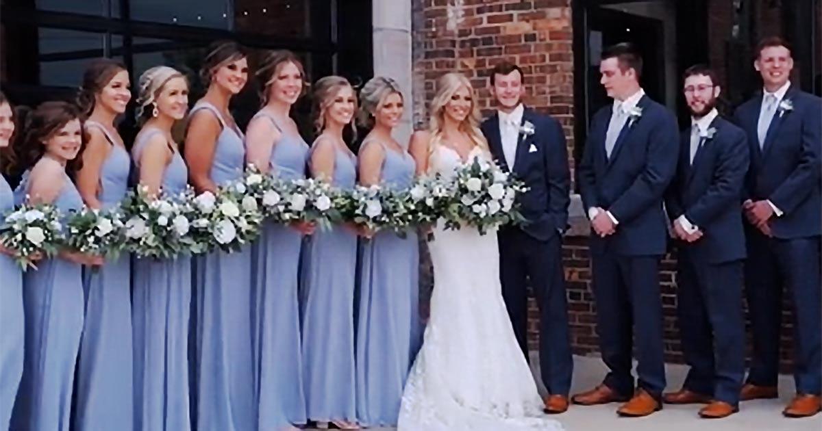 La fotografa chiama la sposa con il nome della ex del marito: ecco come ha reagito