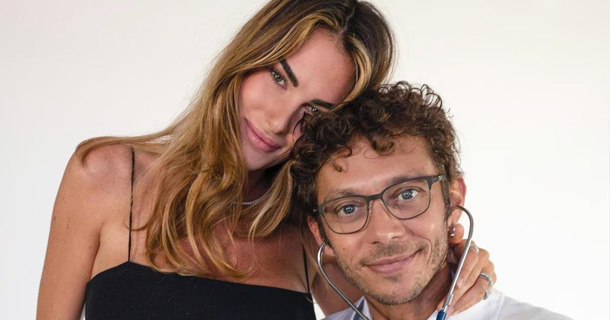 Valentino Rossi diventerà papà: l'annuncio con una splendida foto