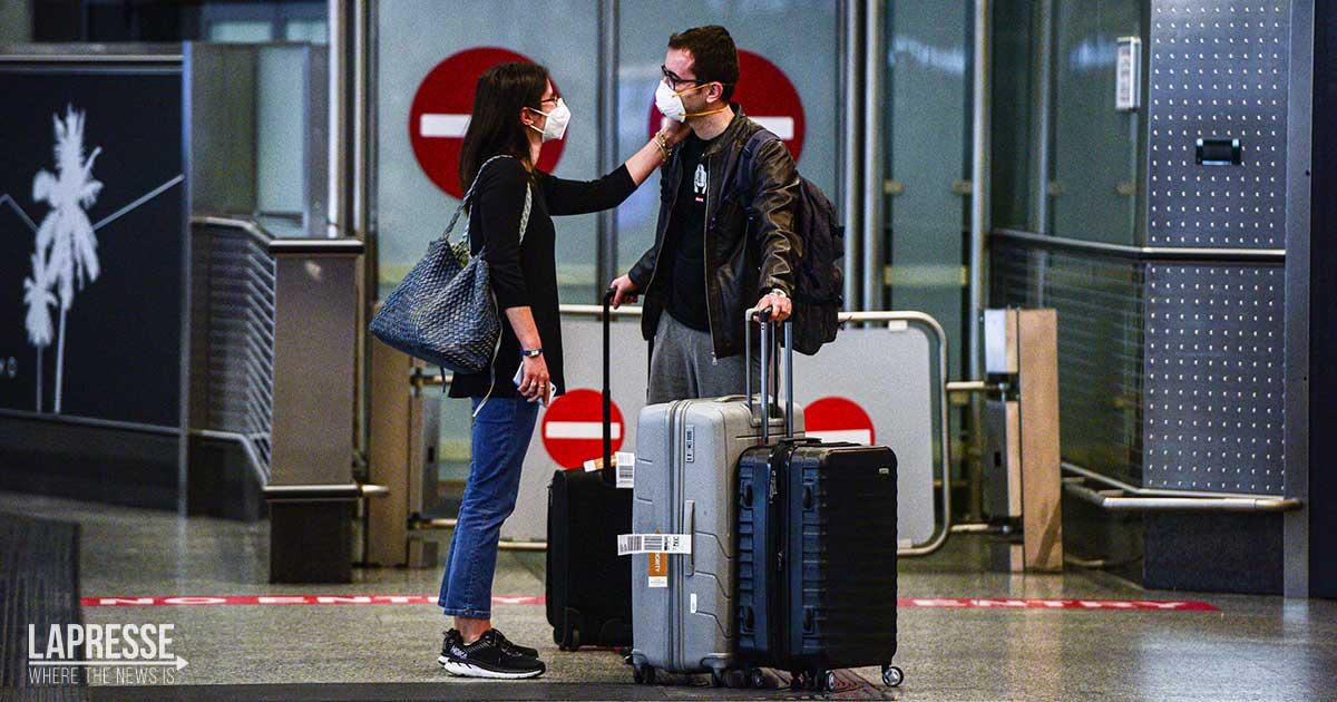 Green pass su aerei, treni e autobus: cosa cambia dalla prossima settimana